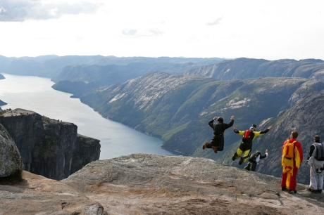 Kjerag_BASE_jumping.jpg